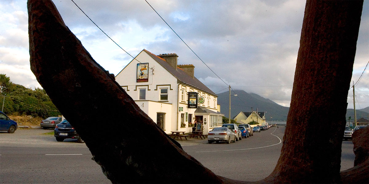 West End Bar and Restaurant Fenit